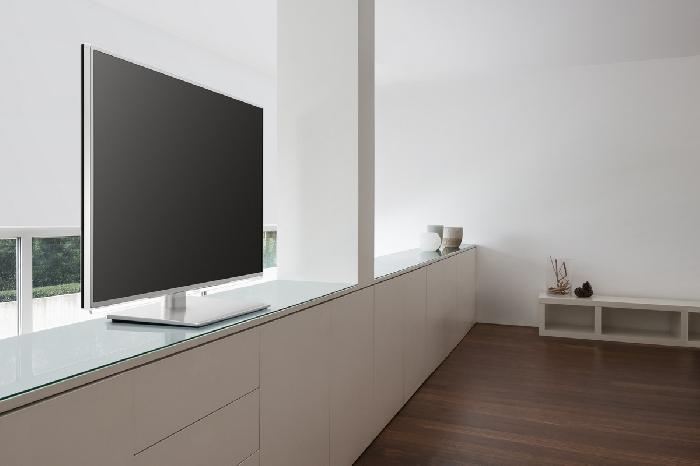 televizor v interiéru