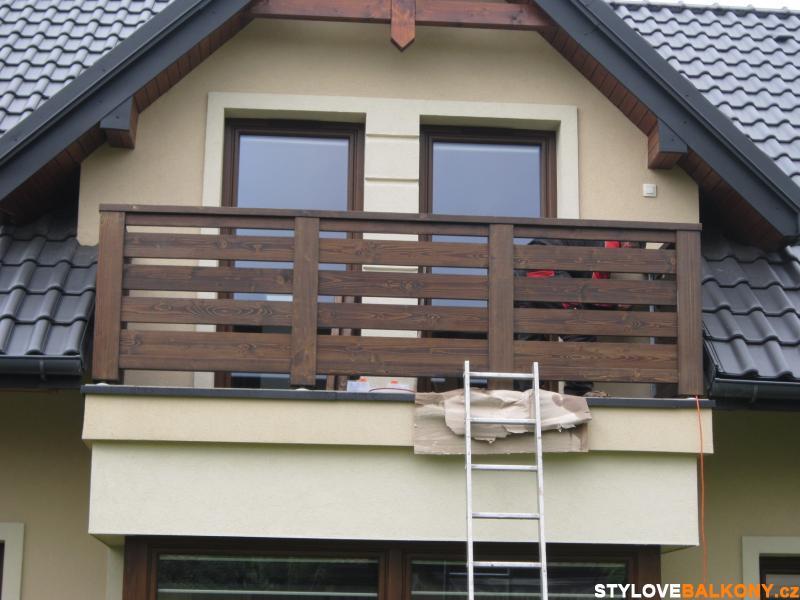 balkon dřevěný