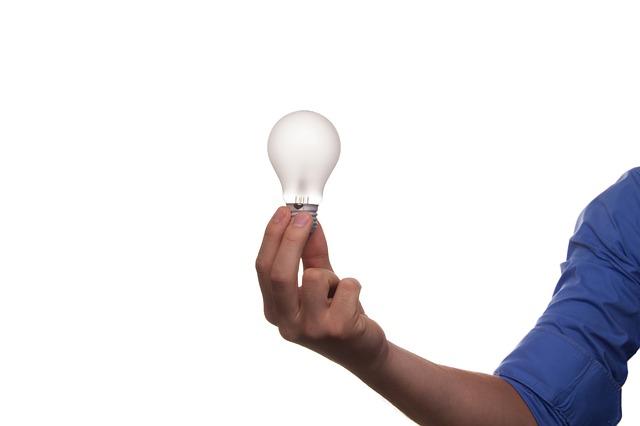 úspory - žárovka