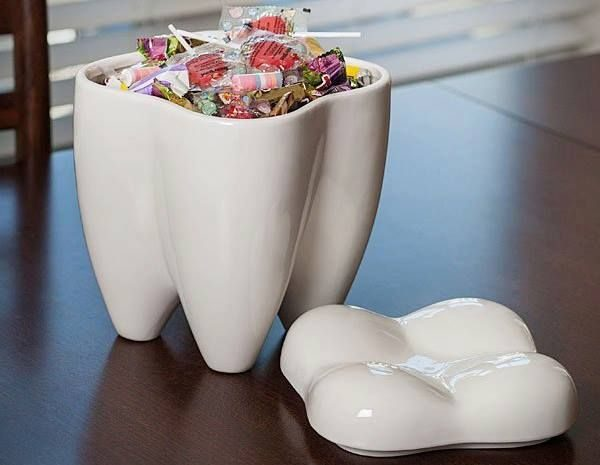 tooth-shape-white-unusual-cookie-jars-600x465